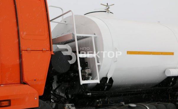 АЦПТ-10 КАМАЗ-43118 с мотопомпой